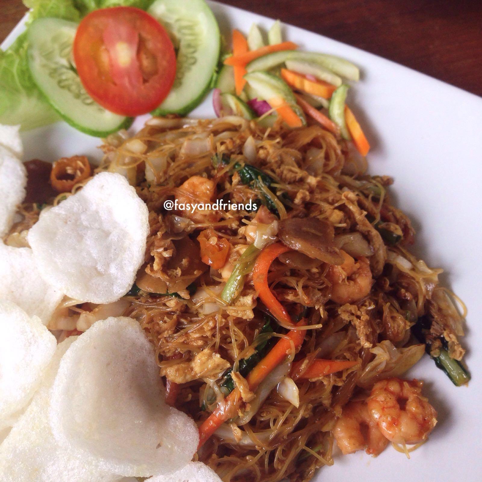 Bihun goreng seafood - 25K